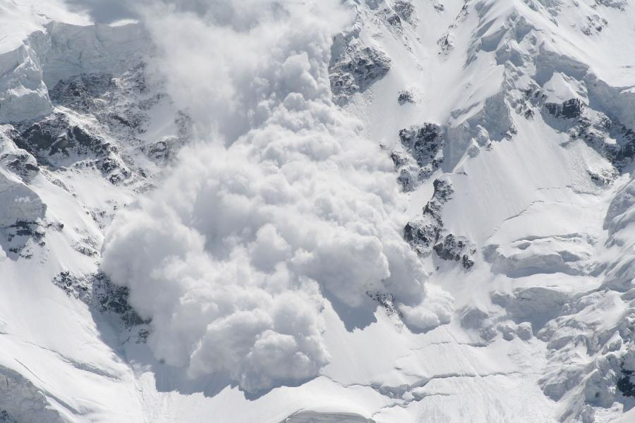 Pay attention to avalanche warnings